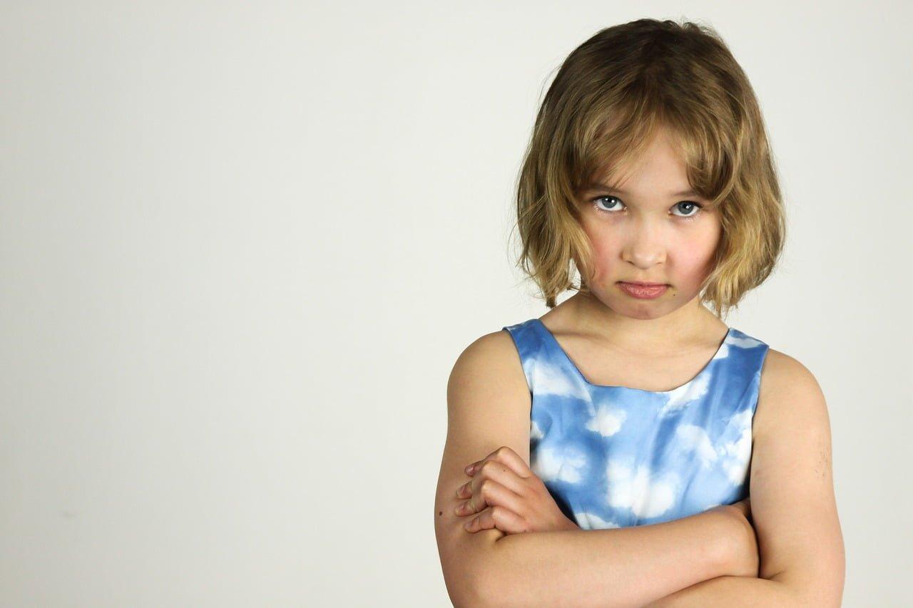 Niecenzuralne słowa wypowiadane przez dziecko – jak na nie zareagować?