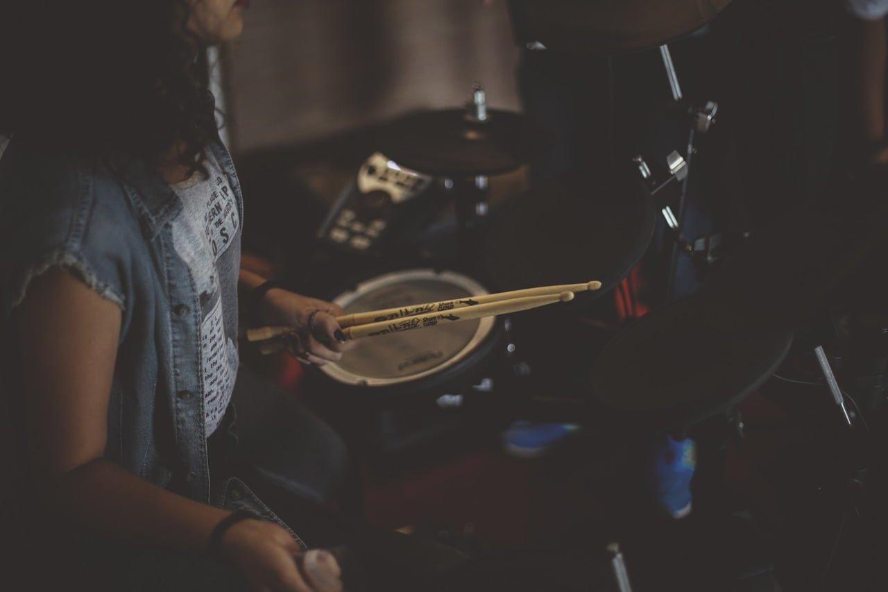 Gra na perkusji sposobem na otyłość dziecka