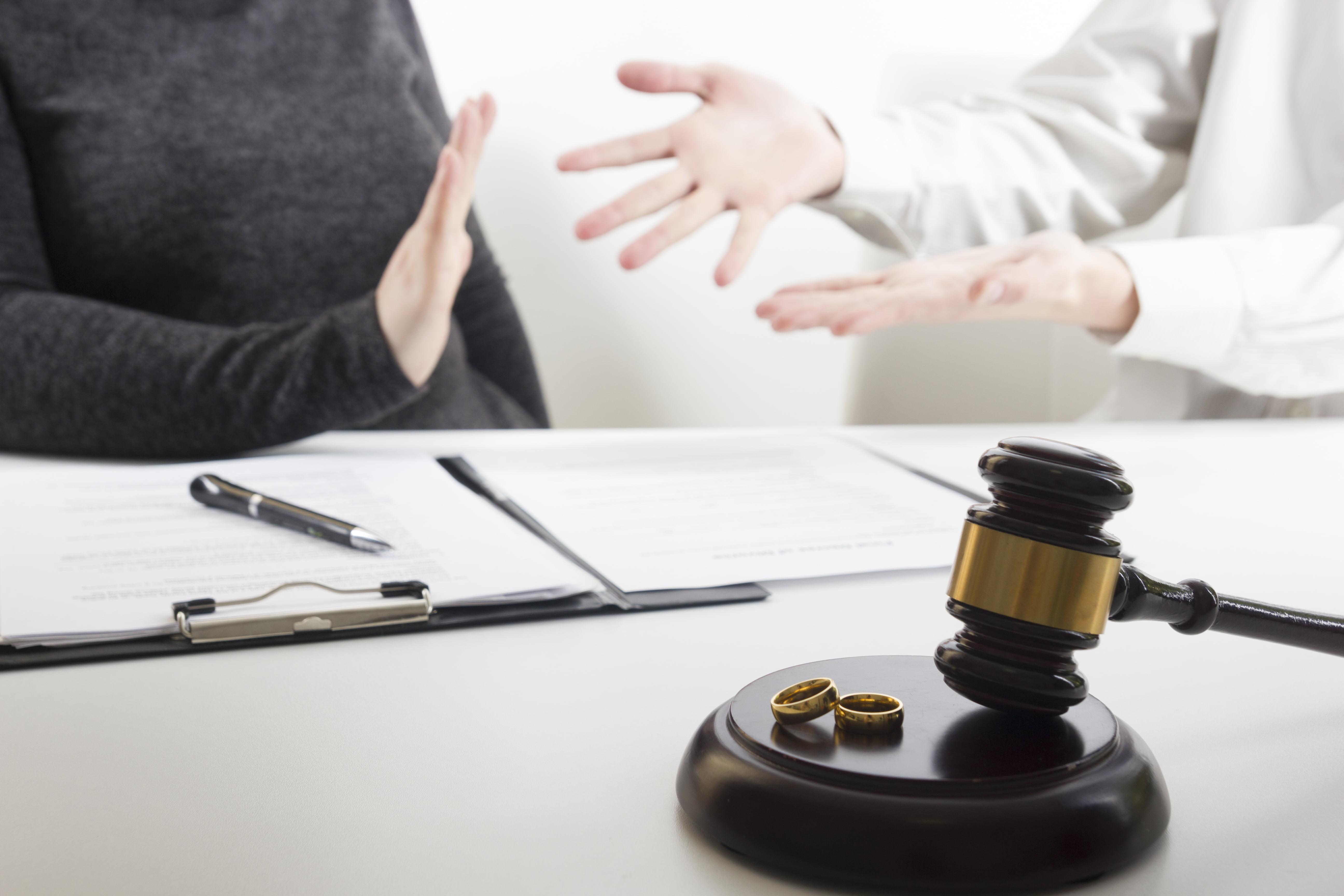 Jaką rolę w sprawach rozwodowych odgrywa adwokat?